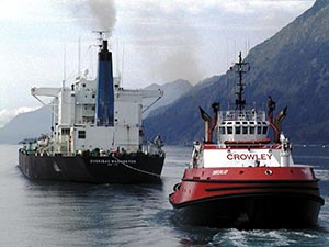 The tug Tanerliq tethered to the tanker Overseas Washington in 2002.